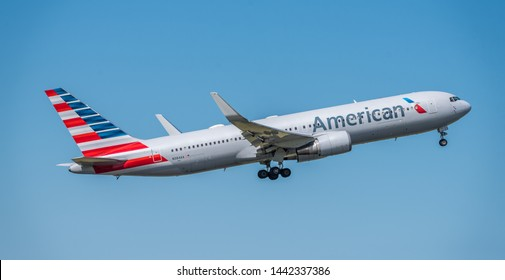 Schiphol, Noord-Holland/Netherlands - Jul 02-07-2019 - Commercial airplane from American Airlines, N384AA, Boeing 767-300 is leaving Schiphol airport. The plane is flying to the next destination.