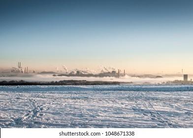Schmutzige Industrie im Winter