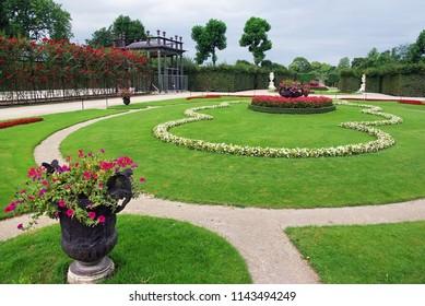 SCHONBRUNN, AUSTRIA - AUGUST 8, 2008: Schonbrunn palace gardens in Wien, Austria.