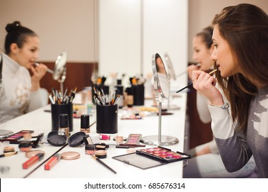 School of makeup.