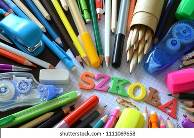 School supplies with the word school in Polish