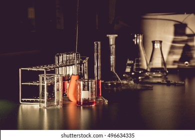 Science laboratory glassware equipment
