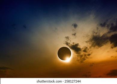 Scientific background, astronomical phenomenon - full solar eclipse