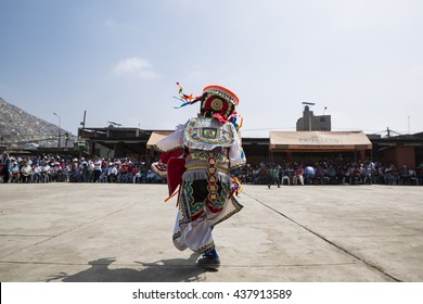 "Scissor dancer or ""Danzante de tijeras"" from Ayacucho, performing in Lima Peru for religious festivity. Date: 07 December 2014"