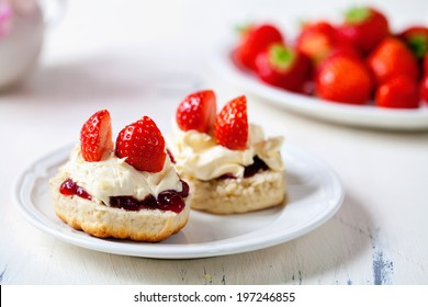 Scones with clotted cream and strawberries