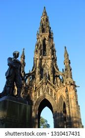 Scott Monument with David Livingstone