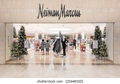 Scottsdale, Az/USA -12.7.18 Neiman Marcus store entrance and logo. Neiman-Marcus, is an American luxury specialty department store owned by the Neiman Marcus Group.
