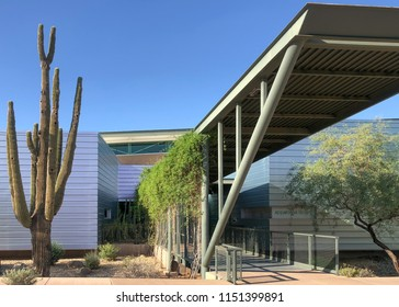Scottsdale,Az/ USA-8.4.18: Appaloosa Library, Scottsdale, Az.opened in Nov, 2009.  Public Library in Az are named after horses. Symbols of the freedom and movement of the west.