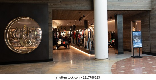 Scottsdale,Az/USA 10.30.18 Abercrombie & Fitch is an American retailer that focuses on upscale casual wear. This is the new store concept designs aiming to be warm, inviting, inclusive and open.