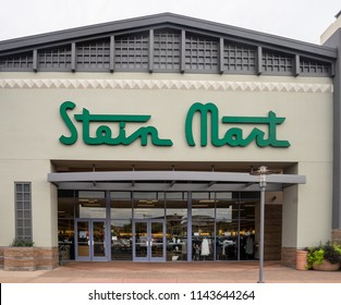 Scottsdale,Az/USA - 7.20.18:  Stein Mart is an American discount men and women's department store chain based in Jacksonville, Florida.