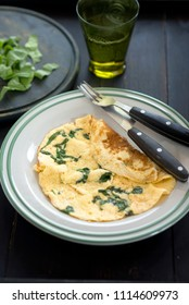 scrambled eggs with spinach for breakfast