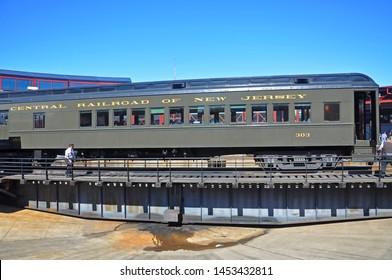 Railway Turntable Images, Stock Photos & Vectors | Shutterstock