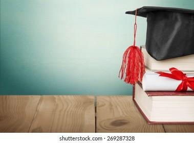 Scroll, graduation, roll.