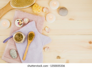 Scrubbing honey and coffee mixture on body in hot sauna helps open the pores and renew, rejuvenate the skin on body. Sauna treatment concept. Flat lay view of sauna honey. Copy space.
