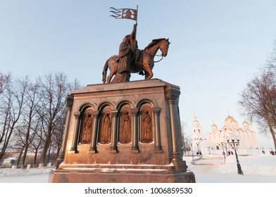 """Sculpture of the Baptist of land """"Prince Vladimir and Sainted Fedor"""" in Vladimir, Russia"""