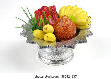 Sculpture fruit in  tray for sacrifice to the wandering spirit