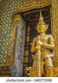 Sculpture at the golden palace inThailand.