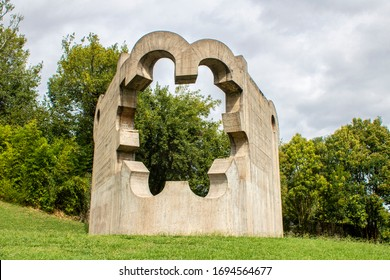 Sculptures by Henry Moore and Eduardo Chillida, Park of the Peoples of Europe, Guernica september 2019, Pais Vasco, Spain.
