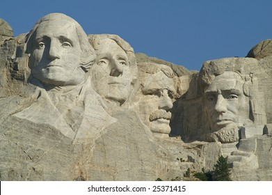 Sculptures of George Washington, Thomas Jefferson, Theodore Roosevelt and Abraham Lincoln at Mount Rushmore National Memorial