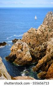 Sea at Camaret-sur-Mer, Sailing along the coast of Brittany, France
