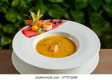 Sea food cream soup