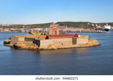 Sea fortress Alvsborg or Elfsborg at the mouth of the Gota River in the archipelago of Gothenburg, Sweden, Scandinavia