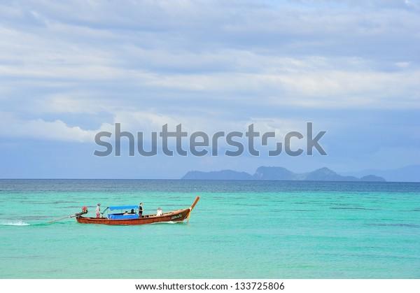 Sea at Li pe Island , Sa tun Thailand