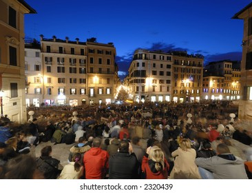 The sea of people in Piazza di Spagna, Rome, during a Pope visit on december 2006