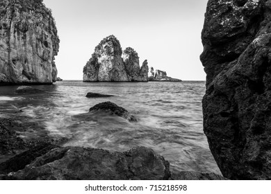 SEA AND ROCKS