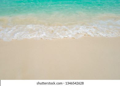 Sea and sand waves