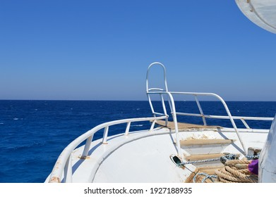 sea view for blue water and clear sky from yacht