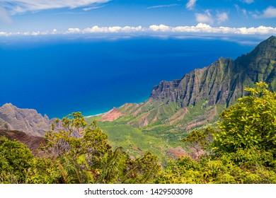 Sea view from Kalalau State Park on Hawaii, Island Kauai.