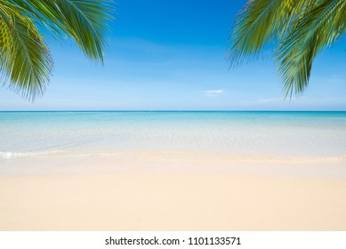 Sea view tropical beach with sunny sky.