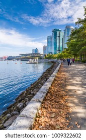 Sea Wall Walk overlooking Vancouver Harbour near the Convention Centre, Vancouver, British Columbia, Canada, North America 12 September 2017