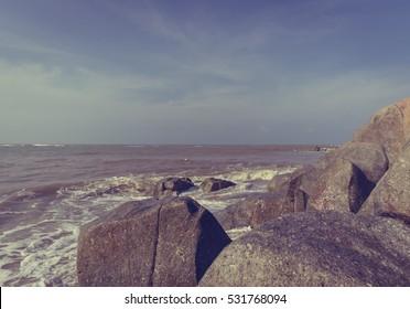 Sea Water Splash Stone (Vintage Style)