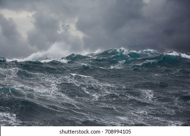 sea wave atlantic ocean