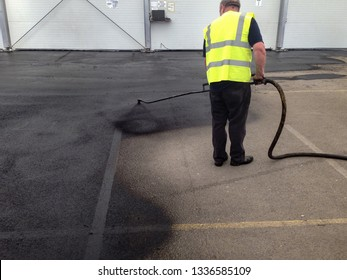 seal coat spraying bitumen spraying
