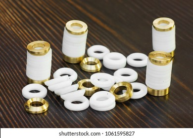Seal in the food industry V-Packing teflon and brass spare parts of food industry.