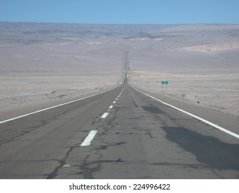 Sealed highway in the highlands of Atacama