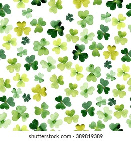 Seamless background with watercolor clover. Pattern for St. Patrick's Day. Watercolor summer clover leaf pattern. Vintage nature seamless background for Saint Patricks Day.