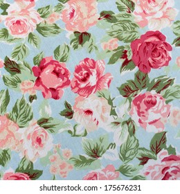 Seamless retro background with roses