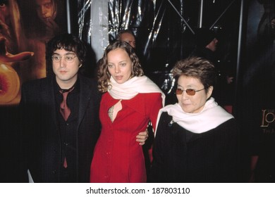 Sean Lennon, Bijous Phillips, and Yoko Ono at the premiere of THE LORD OF THE RINGS THE TWO TOWERS, 12/5/2002, NYC