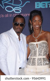 SEAN P. DIDDY COMBS & wife KIM at the 2006 BET Awards in Los Angeles.. June 27, 2006  Los Angeles, CA  2006 Paul Smith / Featureflash