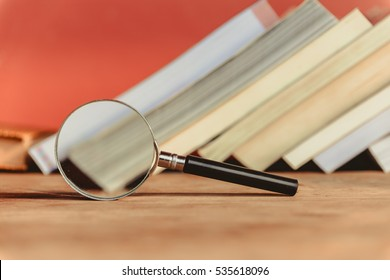 Search for relevant and necessary information in a large number of sources during studies or work.