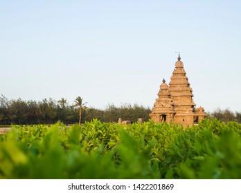 Seashore temple at Mahabalipuram in India