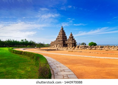 Seashore Temple at Mahabalipuram, Tamil Nadu, India.