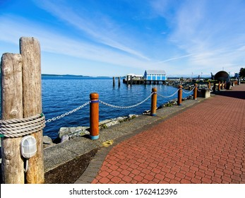 Seaside walk at the spectacular shoreline of the Sidney BC, Vancouver Island, Canada