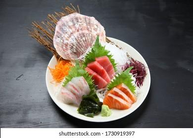 seasonal fresh sashimi asorted plate