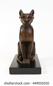 Seated Egyptian Cat with Earrings Replica