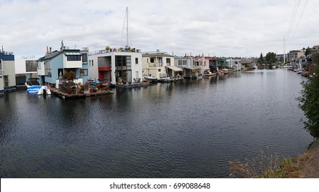 SEATTLE, AUG 17, 2017 - Houseboats on Lake Union in Seattle